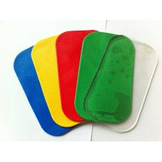 Антискользящий коврик для авто силикон